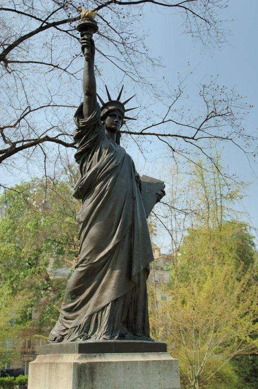 リュクサンブール公園 自由の女神