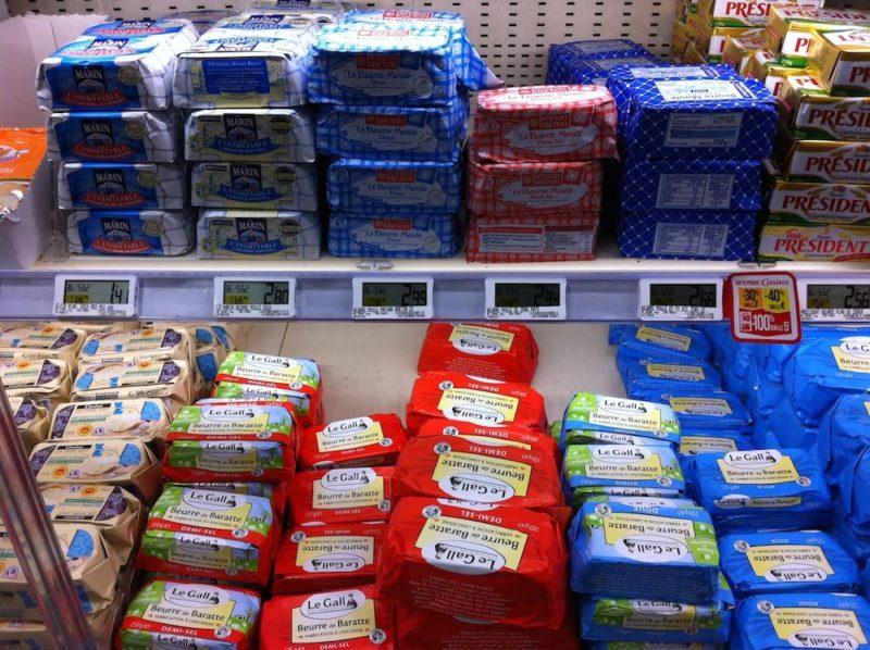 パリのスーパーマーケット バター