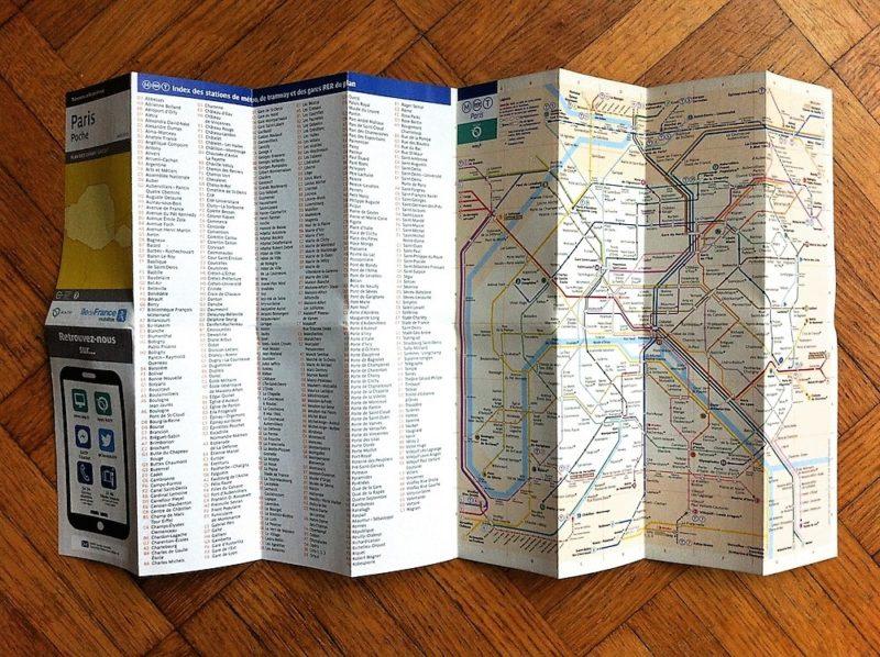 パリの地下鉄(メトロ)の路線図