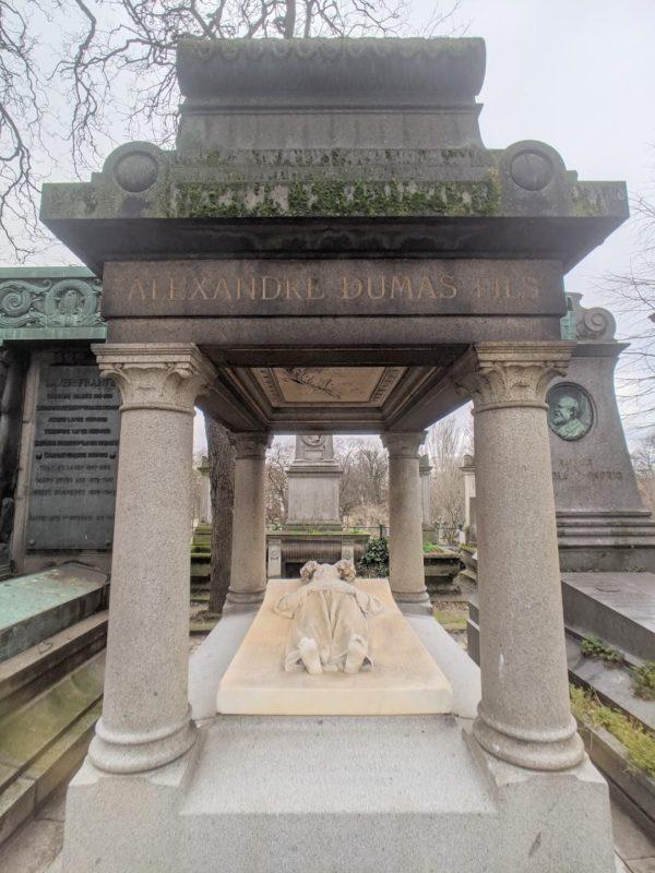 モンマルトル墓地 アレクサンドル・デュマ・フィスの墓