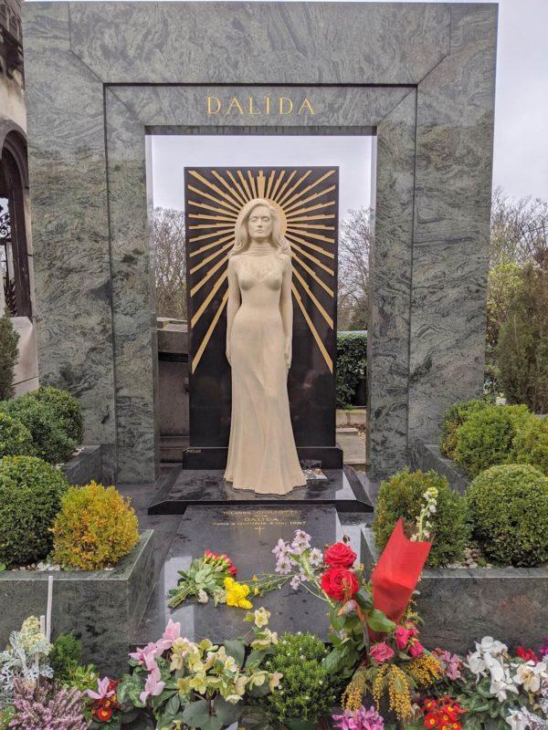 モンマルトル墓地 ダリダの墓