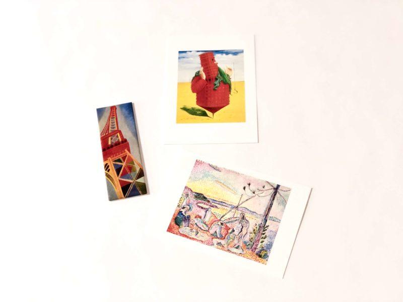 ポンピドゥーセンター(国立近代美術館)のお土産のポストカード(絵葉書)とマグネット