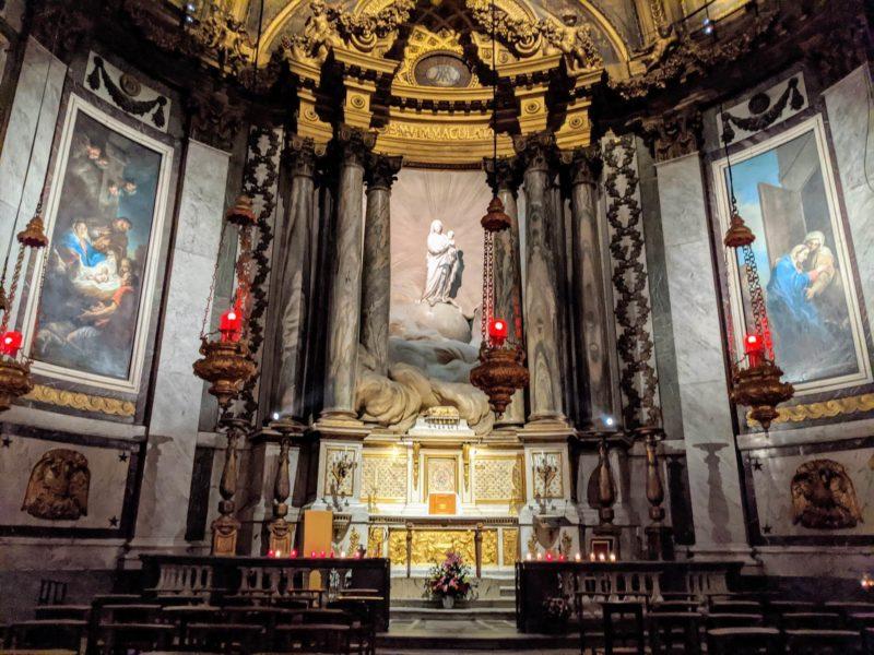 サンシュルピス教会 聖母の礼拝堂・聖母子像