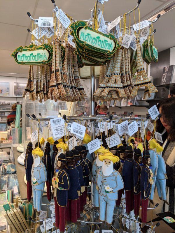 オランジュリー美術館 モネのマスコット人形
