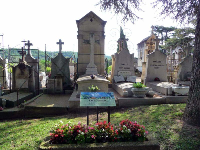 サン・ピエール墓地